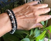 Black and White Ball Bracelets Stack Pearl Bracelets Crystal Layer Beaded Bracelets Stretch Stack Bracelets Classic Bead Bracelets