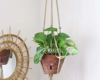 Modern Macrame Plant Hanger // Boho Home // URBAN PAD // Hanging Plant Holder // Boho Chic Home // Simple Boho Decor // Vertical Gardening