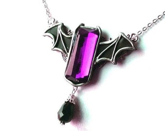 Gothic bat winged necklace 'Purple bat' halloween goth vampire horror victorian