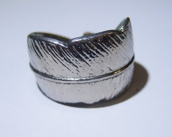 vintage feather silver tone adjustable ring 1215F