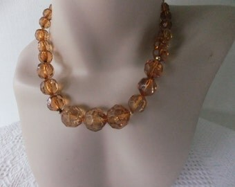 Vintage Light Amber Color Faceted Plastic Bead Necklace Gold Tone Costume Jewelry Retro