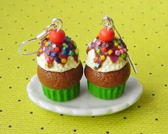 Vanilla ice cream cupcake earrings