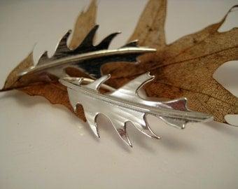 Silver Oak Leaf Earrings, Botanical Jewelry, Hammered Silver, Metalsmith Earrings, Woodland Wedding, Long Silver Earrings,  Oak Leaves