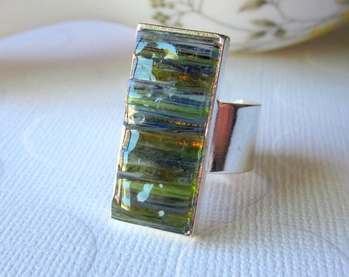 Featured listing image: Moss Green Stained Glass Inlay Swirl Ring Sizes 6 - 9