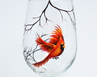 Wine glass with Red Cardinal