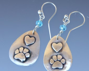 Dog Paw and Heart Teardrop Earrings - Dog Paw - Dog Paw Jewelry - Paw Jewelry - Dog Jewelry - Animal Jewelry - Dog Lovers Jewelry - Hearts