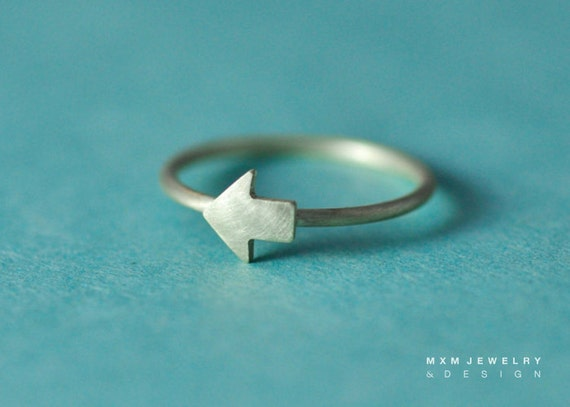 Sterling Silver Tiny Arrow Ring