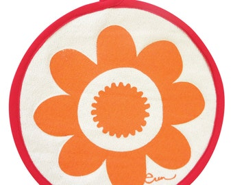 NEW Pot Holders, Mango Daisy, with contrasting binding tape, 10 inch diameter