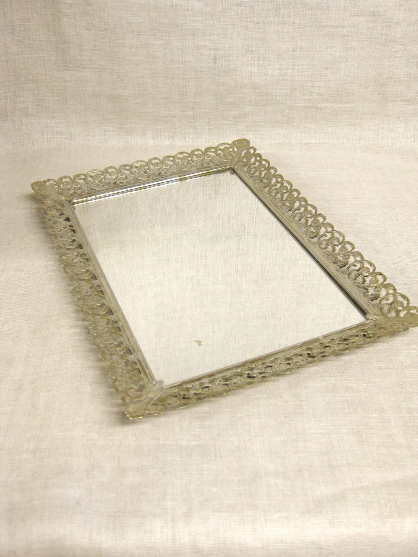 Vintage mirror vanity tray metal perfume tray serving for Mirrored bathroom tray