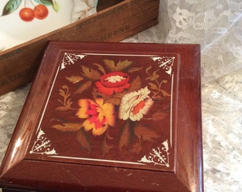 Italian Lacquered Square wooden jewelry Box with Flowers and Leaves design, Hinged box, Handcrafted, Trinkets, Dresser box, Mirrored , Gift