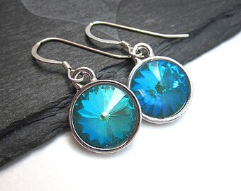 Blue Green Earrings -- Sea Green Earrings -- Silver & Teal Green Earrings -- Teal Green Crystal Earrings --Ultra Emerald Earrings -Swarovski