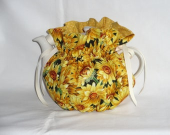 Pretty Sunflowers  6 Cup Teapot Cozy