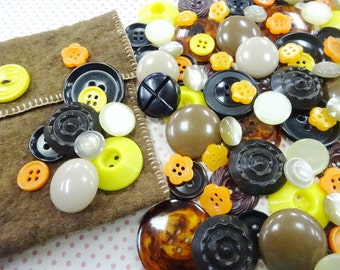 Vintage Sewing Buttons Mix Lot Collection Halloween Holiday Theme Seamstress Scrapbooking Embellishment