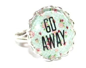 GO AWAY Floral Ring