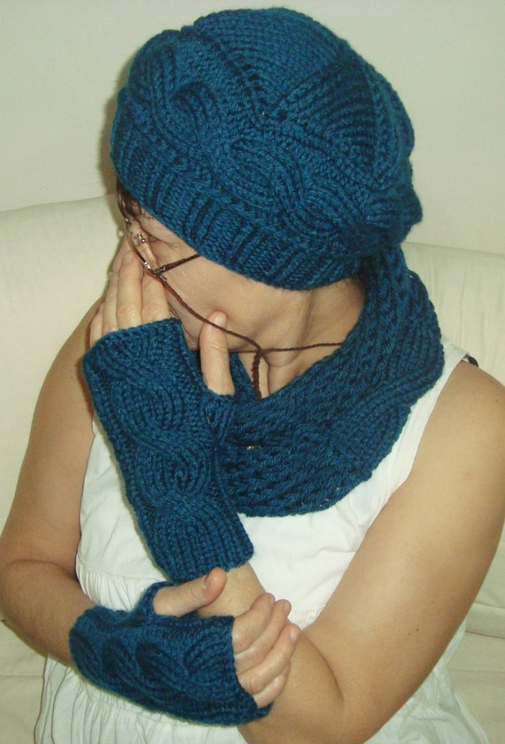 Knitting Pattern Hat Scarf Combo : Teal Hat Scarf Gloves Set Womens Hat Scarf Gloves Combo