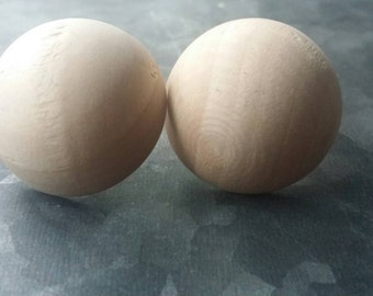 wooden earrings Dome, dome,  do dome....... wooden dome shaped wooden minimalist everyday  earrings from the raw collection