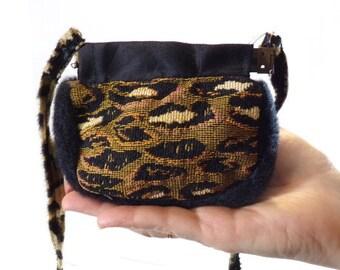 Mini Squeeze Frame Shoulder Bag Animal Print S6-07A