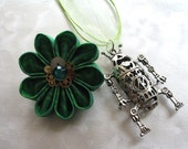 I <3 Robots Green Kanzashi Gear Flower Hair Clip with Robot Necklace