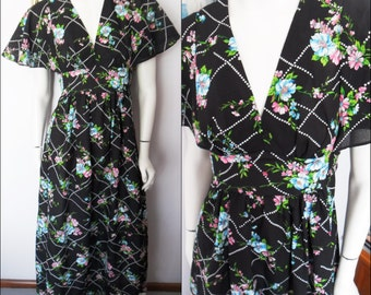 Vtg.70s Black Pink Aqua Vibrant Floral Flutter Sleeve Maxi Dress.Small.Bust 36.Waist 32.