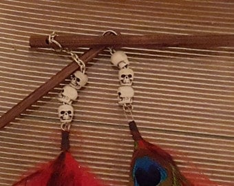 Skull Hair sticks with feathers, set of 2