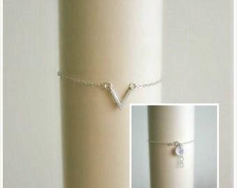 Dainty V Shape Bracelet, Silver V Bracelet, Arrow Bracelet, Charm Bracelet, Custom Disc Bracelet, Chevron Bracelet, Best Friend jewelry