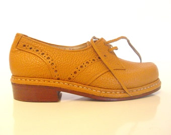 Vintage Brown Leather Shoes.