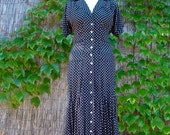 ON SALE Vintage 80s / Black and White / Polka Dot / Short Sleeve / Day Dress / SMALL