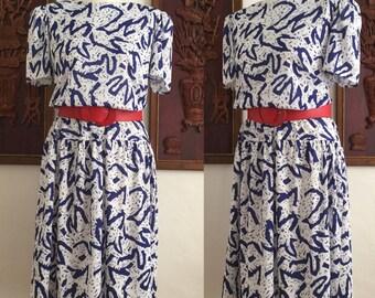 Vintage 80s / Blue and White / Puffed / Short Sleeve / Secretary Dress / Large