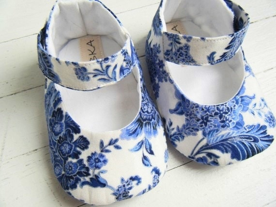 Blue And White Floral Mary Jane Shoes by Bobka Baby