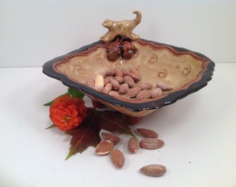 Serving dish/Squirrel figurine/Bowl/squirrel art/animal art/pottery bowl/nut dish/handmade bowl/ceramic bowl