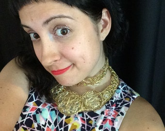 Wire Statement Necklace in Gold