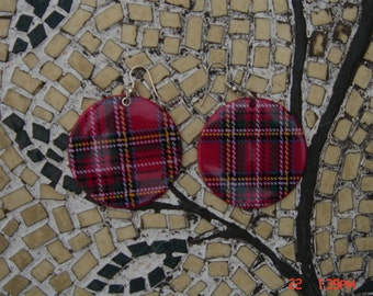 Vintage Disc Shaped Red Plaid Pierced Earrings
