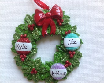 Personalized Christmas Ornament Christmas Wreath Family of three, Triplets, Grandkids Coworkers BFFs