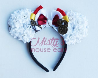 Inspired White Rabbit from Alice in Wonderland Rose Mouse Ears