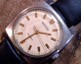 25% OFF ON SALE Vintage wrist watch Vostok mens watch men watch mens watch white watch, classic watch, mechanical watch