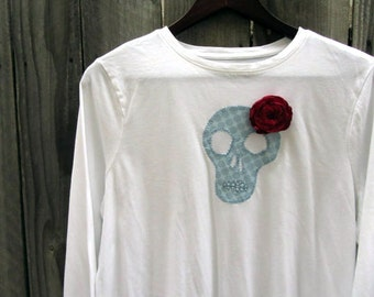 White Sugar Skull T-Shirt with Rose and Bow, Day of the Dead Clothing, Skull Shirt with Flowers, Dia de los Muertos, Upcycled Shirt, Tops