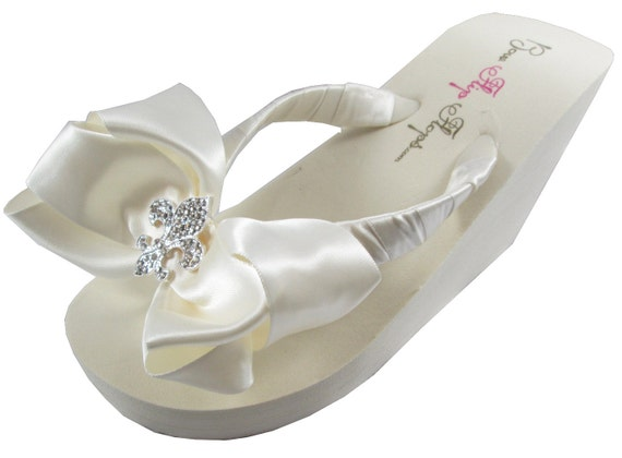 Wedding Flip Flops with Fleur de Lis on Ivory or white wedge or flat for Bride, Bridesmaids, Flower Girl, Bridal Party