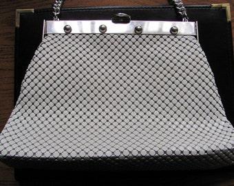 Vintage Whiting and Davis White and Silver Alumesh Handbag