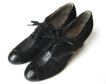 Vintage 30s 40s Black Suede Lace Up Spectator High Heel Shoes 8 N