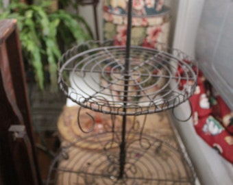 French Farmhouse Three Tier Wire Cupcake Holder
