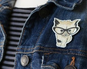 Cute Cat Brooch Adorable Kitten Wearing Glasses Pin