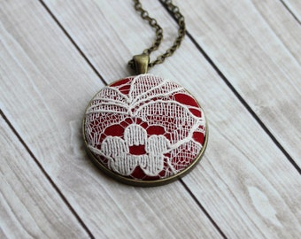 Red and White Necklace (Ivory Shade), Unique Jewelry With Lace, Red Bridesmaid, Red Necklace, Boho Wedding, Large Pendant
