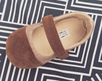 Baby Girl Shoes Toddler Girl Shoes Soft Soled Shoes Summer Shoes spring shoes Tan Linen with Brown suede Cap Toe matching Suede Strap - Rae