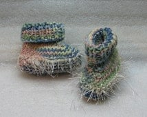 FREE SHIPPING Hand Knit Baby Booties - Boots - Moccasins -  Slate Blues Green to Peach with Fun Fur Trim
