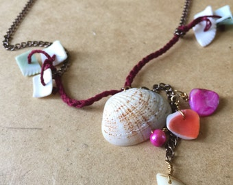 Sea shells and pearls necklace