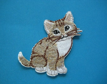 Sale~ Iron-on Embroidered Patch Cat 2.5 inch