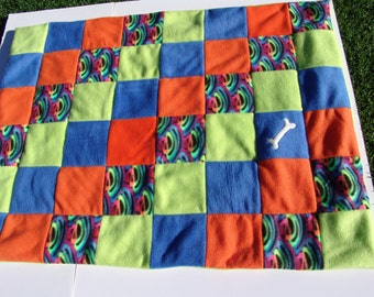 Medium fleece dog blanket - multi colored wavy lines