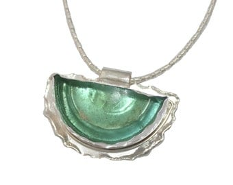 Stunning Hand Made 925 Silver Roman Glass  Green Pendant  Necklace