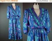 40% OFF 80s Dress Vintage 1980s Designer Susan Freis Bohemian Boho Blue Floral Pleat Full Skirt S M