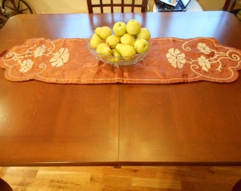 Copper color Table Runner lined in cream cotton with great ivory chenille cording design (FFs5013)
